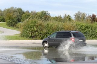 Hydroplaning of a car